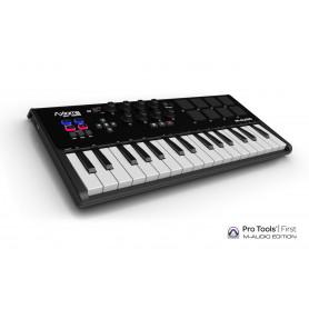 M-AUDIO Axiom AIR Mini 32 компактная MIDI клавиатура